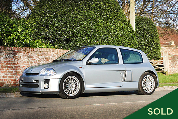 2001 renault clio v6 sport manor classic cars. Black Bedroom Furniture Sets. Home Design Ideas